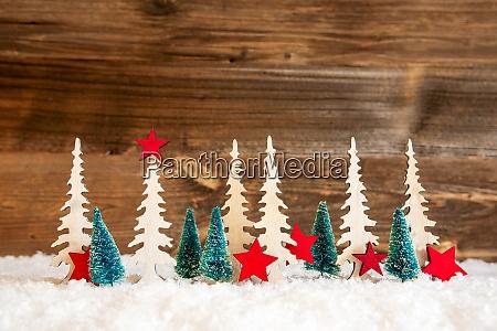 Arbol de navidad nieve estrella roja