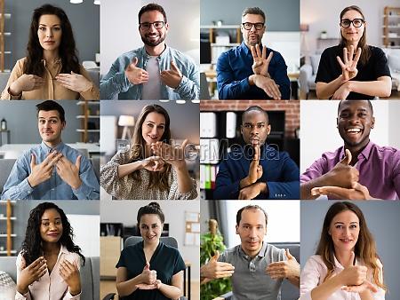 personas aprendiendo lenguaje de senyas sordo